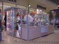 Витрины,  прилавки из алюминия для магазинов