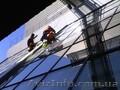 Мойка окон,  витрин,  фасадов с привлечением альпинистов